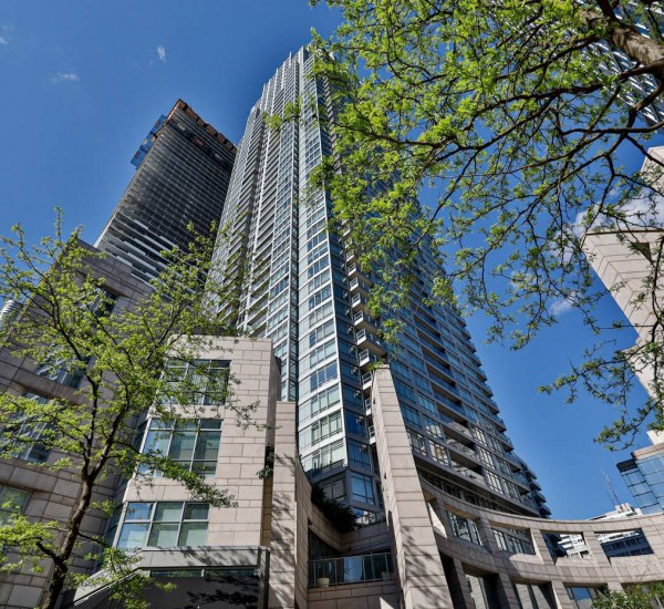 Charming City Condo at Yonge & Eglinton | 2910-2191 Yonge Street